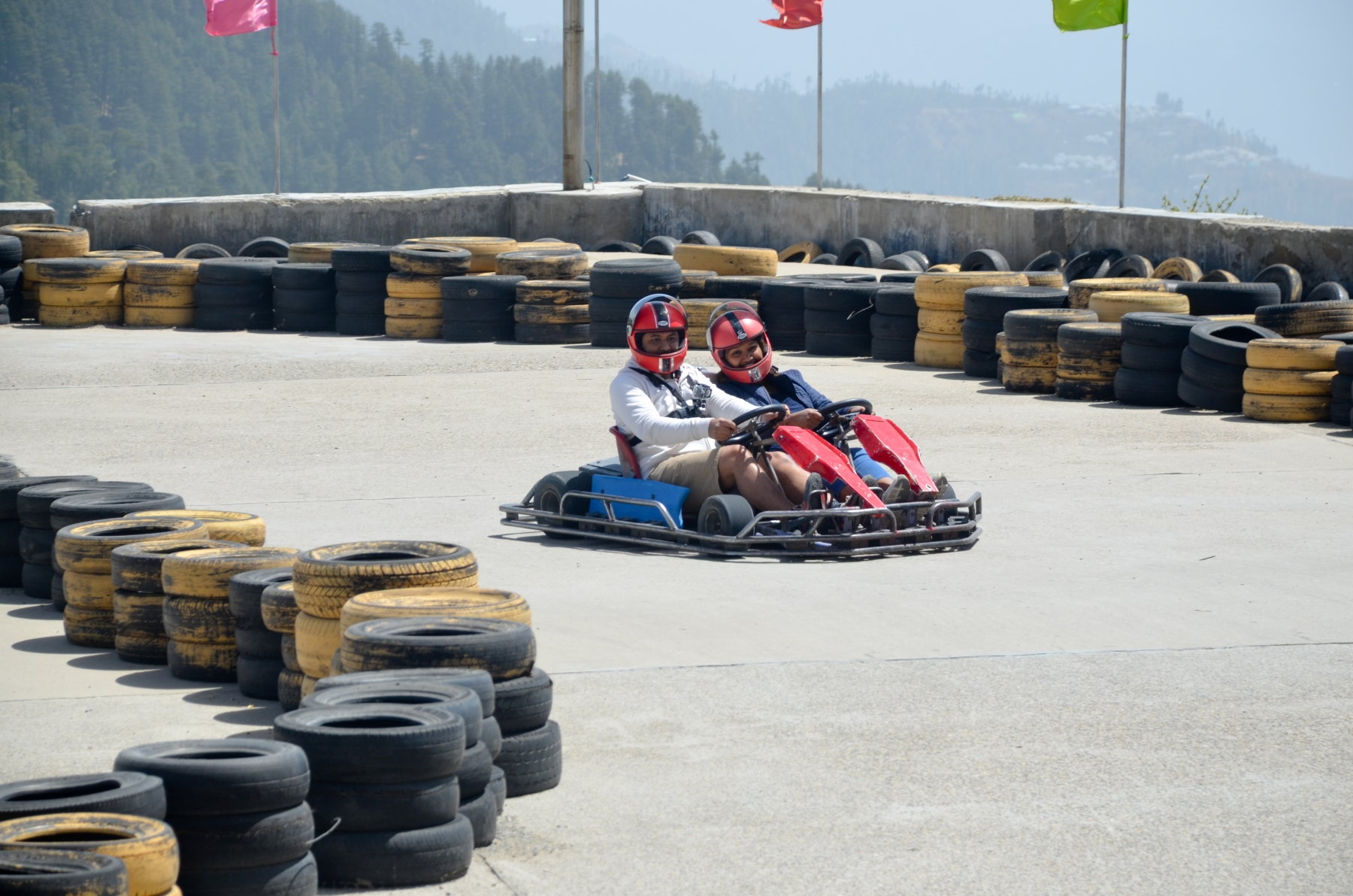 World highest Go-Kart arena(9000 fts) at Fun world,Kufri